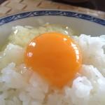 5.ほっかほかの卵かけごはん。