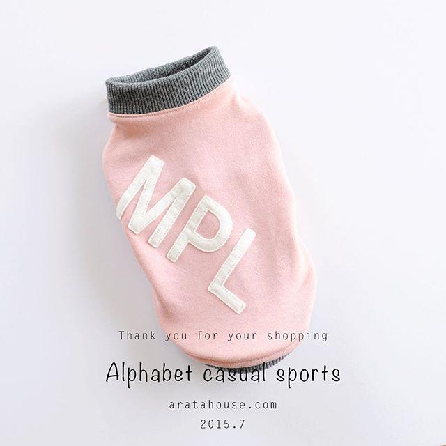 アルファベットカジュアルスポーツ